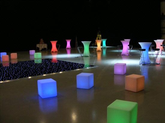 Illuminated LED Cubes